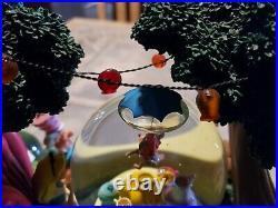 Alice In Wonderland Snowglobe Musical Disney Store use