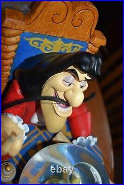 Captain Hook Tinker Bell Peter Pan Disney Snow Music Globe Moonlight Sonata