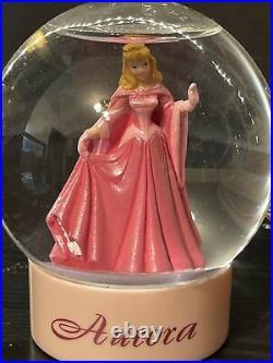 DISNEY Aurora Ariel Belle and Cinderella Musical snowglobe, A dream is a wish