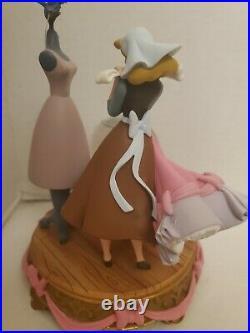 DISNEY Snow Globe''A LOVELY DRESS FOR CINDERELLY'' Cinderella Pink Dress RARE