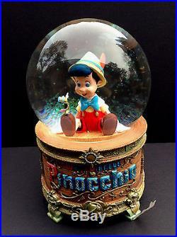 DISNEY Store SNOWGLOBE PINOCCHIO WISH UPON A STAR Snow Globe In Box NEW