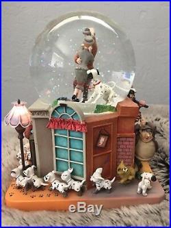 Disney 101 Dalmatians Snow Globe