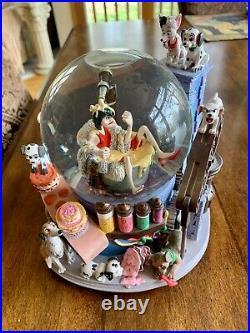 Disney 101 Dalmatians Snowglobe with Music Cruella de Vil