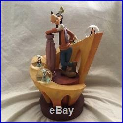 Disney 70th Anniversary Goofy Big Statue Figurines 13.7 Multi SnowGlobe