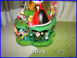 Disney Alice In Wonderland Paint The Roses Red SNOWGLOBE Musical Cat Lights Up