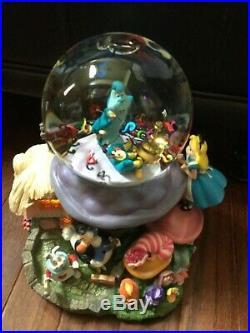 Disney Alice In Wonderland Snow Globe rare