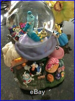 Disney Alice in Wonderland Snow Globe