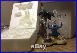 Disney Auctions Le 350 Lilo And Stitch Ducklings Snowglobe In Orig. Wrap Rare
