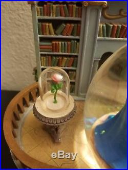 Disney Beauty and The Beast Belle Library Music Snowglobe Globe with Blower 1991