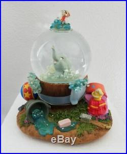 Disney Dumbo Bubble Bath Musical Snowglobe Water Snow Globe Collectible New RARE
