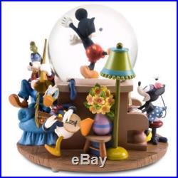 Disney FAB 5 MUSICAL SnowGlobe Mickey, Minnie, Donald, Goofy, Pluto RARE