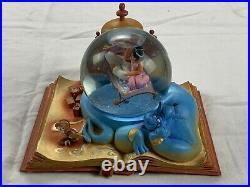 Disney Hallmark Aladdin Wonders Within 2014 Snow Water Globe RARE