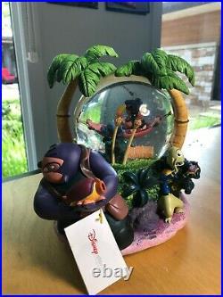 Disney Lilo & Stitch Snow Globe with music Aloha and lights NIB