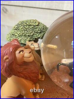 Disney Lion King Pride Rock Circle of Life Musical Moving Animated Snowglobe