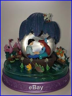 Disney Little Mermaid Snowglobe