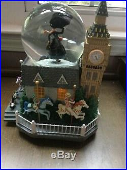 Disney Mary Poppins Snow Globe