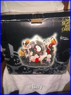 Disney Nightmare Before Christmas Jack Captures Santa Snow globe plays tune