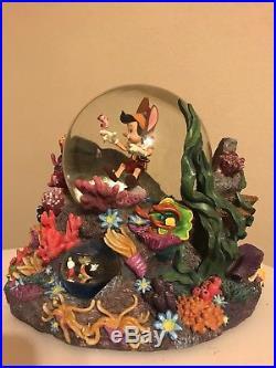 Disney Pinnochio Looking For Monstro Snowglobe Rare HTF