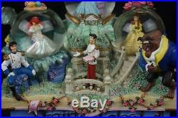 Disney Princess Parade Share a Dream Come True Musical Lite Up Snowglobe