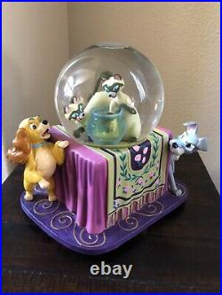 Disney RARE Musical Si & Am Lady and the Tramp Snowglobe