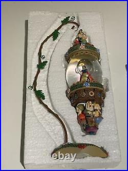 Disney Snow White and The 7 Dwarfs Hanging Water Snow Globe with Ivy Stand 20668