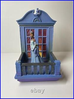 Disney Store Princess & the Frog Tiana & Charlotte Bookends RARE HTF (read)