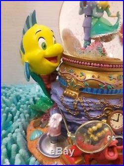 Disney The Little Mermaid Ariel Under The Sea Musical Snow Globe-RARE & MINT