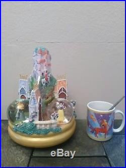 Disney Three Princesses Castle Musical Snowglobeaurora, Cinderella & Snow White