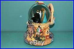 Disney Villains Snow White Evil Queen Magic Mirror Snowglobe Talking EUC w box