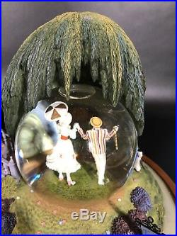 Disney's 40th Anniversary Mary Poppins SnowithWater globe. Designed-Jody Daily