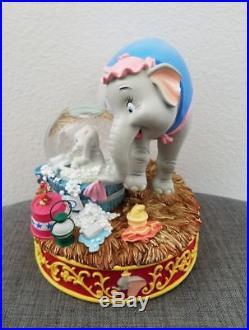 Exclusive Disney Auctions Dumbo Bath Mrs. Jumbo Snowglobe Water Snow Globe RARE