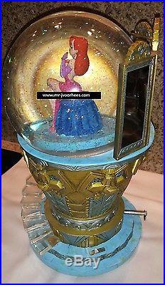 Extremely Rare! Walt Disney Jessica Rabbit Snowglobe Statue
