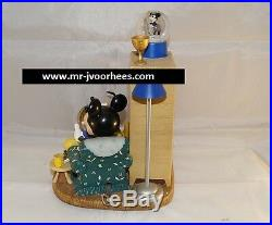 Extremely Rare! Walt Disney Mickey Mouse With Pluto at Home Snowglobe Statue