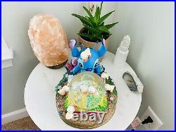 LE Disney Lilo & Stitch With Ducks Ugly Ducklings Musical Snow Globe Snowglobe