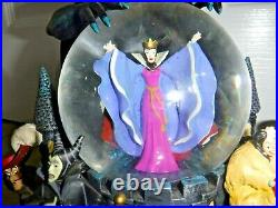 Large Disney Musical Villain Snowglobe Grim Grinning Ghost Excellent RARE