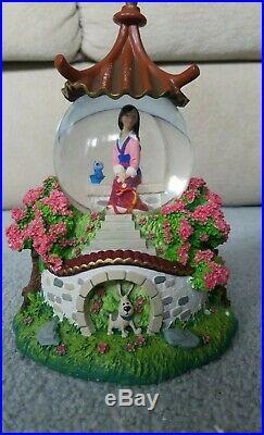 NEW Disney Classic Mulan Snow Globe Reflection Music Box Mushu Shang RARE