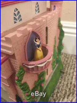 Princess Castle Staircase Snow globe Disney Cinderella Snow White, Belle, Aurora