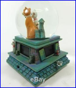 RARE DISNEY ARISTOCATS Snow Globe Music Box with Lights (Working)