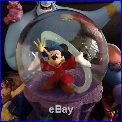 RARE Disney Mickey& friends WONDERFUL WORLD Large Musical Lite Up Snowglobe-MIB