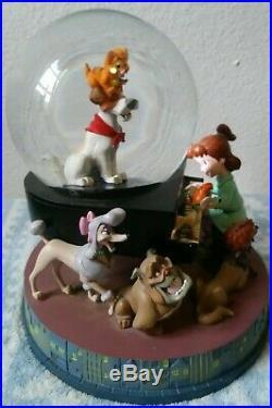 RARE Disney Oliver And Company Snow Globe