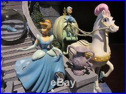 RARE Disney Store Princess Cinderella Castle Glass Slipper Snowglobe Music Box