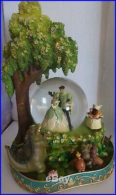 RARE! Disney Store Princess and the Frog Tiana Naveen Snow Globe Wedding in box