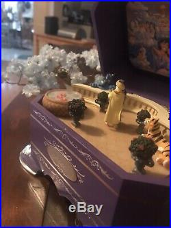 RARE! Walt Disney World Aladdin EVER AFTER music Box Collection 6th Issue