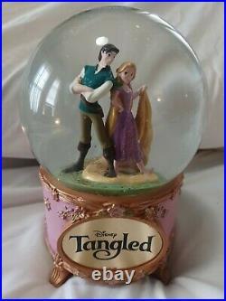 Rare HTF Disney Tangled Rapunzel & Flynn Ryder Musical Snow Globe Menken Slater