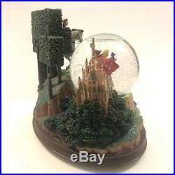 Rare Walt Disney Exclusive Sleeping Beauty Musical Snowglobe Must See