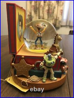 TOY STORY 2 SNOW GLOBE Snowglobe Music Box Disney 1996 YOU'VE GOT A FRIEND WOODY