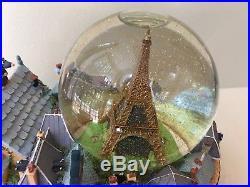 Very Rare Disney Paris Ratatouille Snowglobe (See Description and Video)