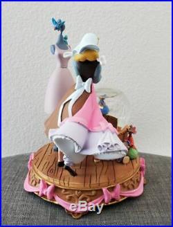 Vintage Disney Store Cinderella Pink Dress Snowglobe Statue Mice Snow Globe RARE