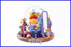 Vintage Disney Winnie The Pooh Honey Pot Eeyore Tigger Piglet Musical Snow Globe